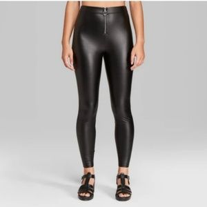 Faux Leather High Rise Leggings w/ O-Ring Zipper
